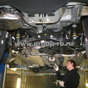 антикор обработка кузова авто материалом Noxudol 700