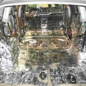 Вибропоглощающий материал на кузове авто